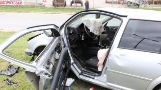 Катастрофа в Хасково: Млад шофьор е ранен