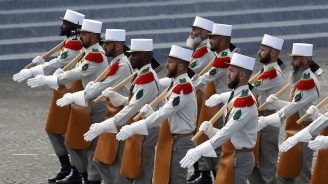 Париж прати бойци от Френския легион в Сърбия