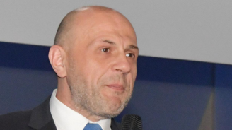 Томислав Дончев с коментар за машинното гласуване и етичната комисия на ГЕРБ