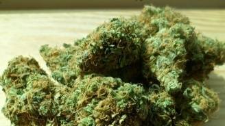 Спипаха 59-годишен с наркотици
