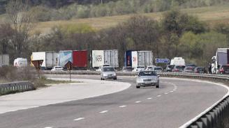 ПТП блокира движението по Околовръстния път на Пловдив при разклона за Коматево