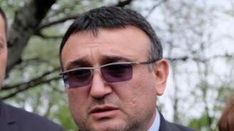 Министър Младен Маринов с подробности за случая със запалената кола на проф. Минеков