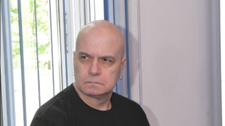 Безумен страх мъчи Слави Трифонов