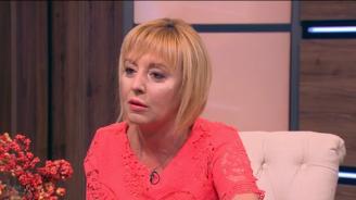 Мая Манолова: Ако ме вбесят докрай, ще се кандидатирам за кмет на София