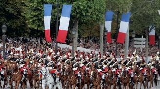 Военен парад в Париж за националнияпразник на Франция