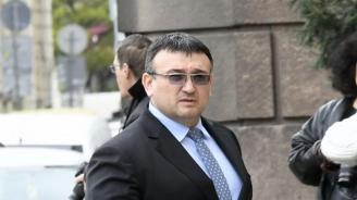Младен Маринов: Борисов ми е казал, че няма чадър над никого