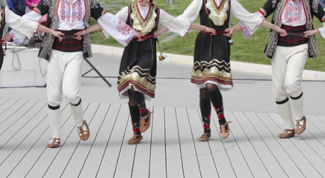 """Двадесет и третият международен фолклорен фестивал """"Витоша"""" започва днес и"""