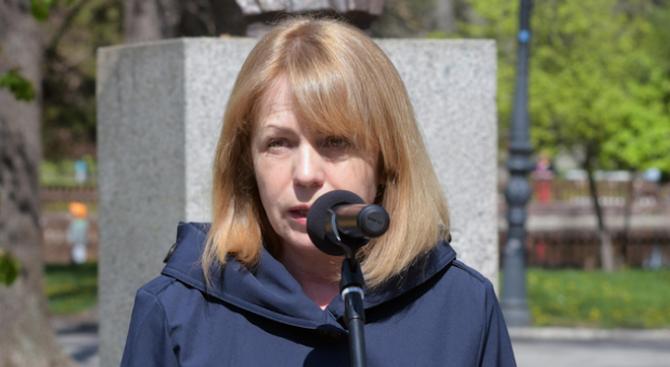 Фандъкова: Мая Манолова е кандидатът на БСП за кмет на столицата