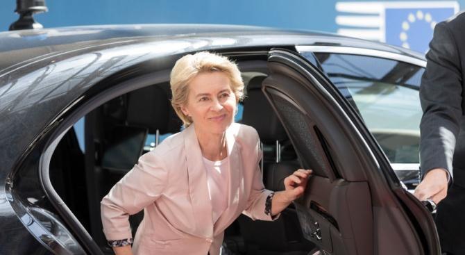 Урсула фон дер Лайен, която европейските лидери избраха за кандидат