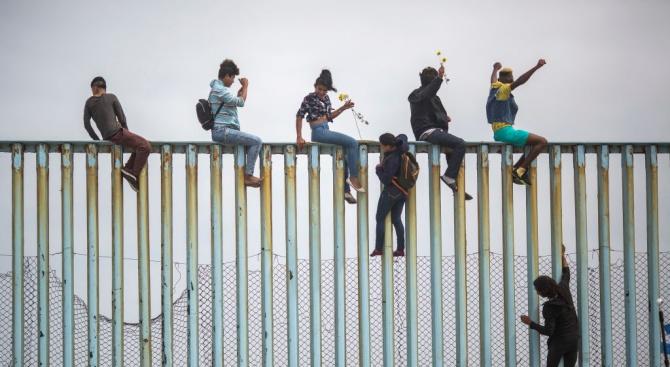 Американското правителство обяви днес, че ще отхвърля молби за убежище,