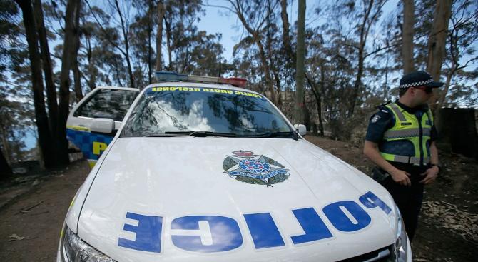 Австралийската полиция откри четири деца, които натовариха въдиците си в