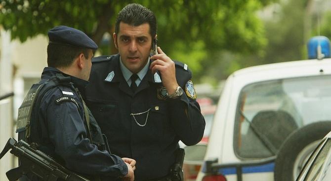 Детективи, разследващи убийства, пристигнаха на Крит от Атина, за да