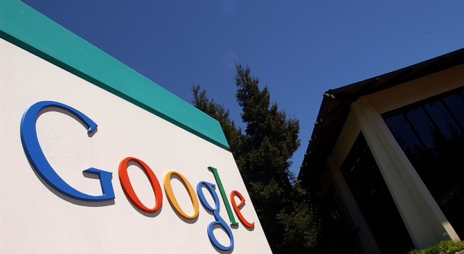 Американският технологичен гигант Гугъл (Google) отрече да работи с китайската