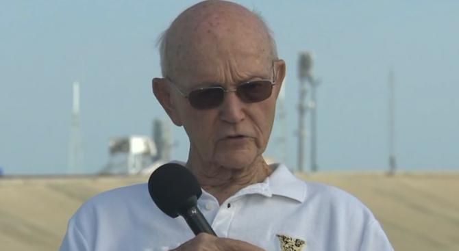 Астронавтът Майкъл Колинс се завърна на площадката за изстрелване 39А