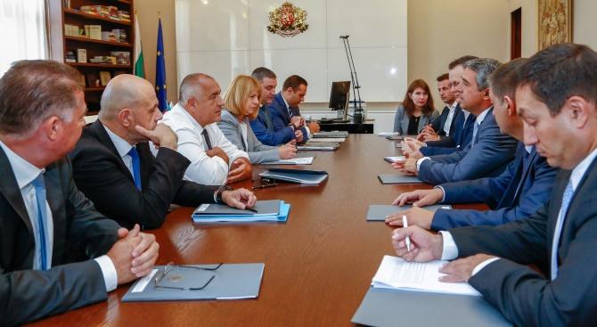 """Плевнелиев: България ще продължи преговорите с """"Фолксваген"""", за нас процесът не е приключил"""