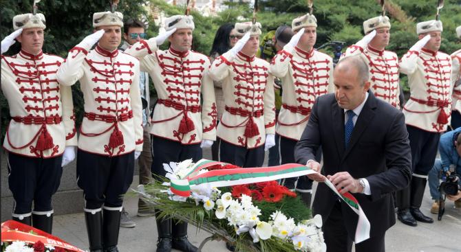 Президентът ще посети Карлово