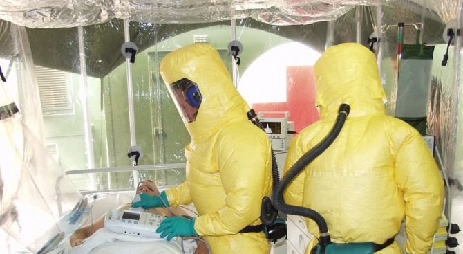 Ебола е обявена за заплаха за общественото здраве в международен