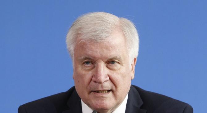 Германският вътрешен министър каза снощи, че на срещата с колегите