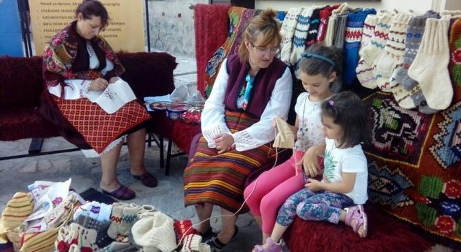 """Продължават културните вечери """"Традиции и изкуство"""" в Банско"""