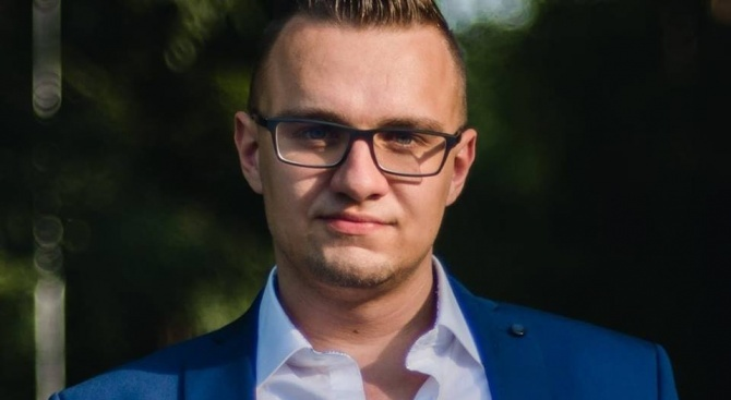 Пуснаха хакера Кристиян на свобода