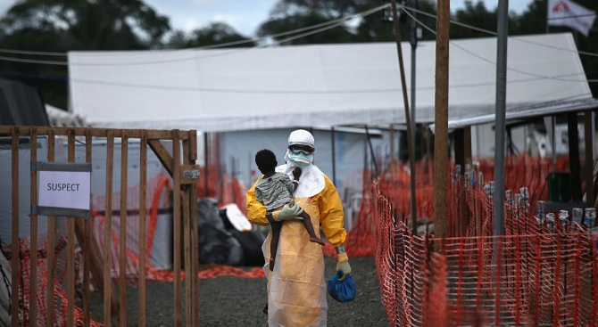 Заради епидемията от ебола: СЗО обяви глобално извънредно положение