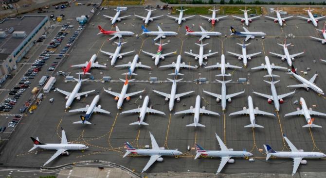 """Авиогигантът """"Боинг"""" задели почти 5 милиарда долара, за да покрие"""