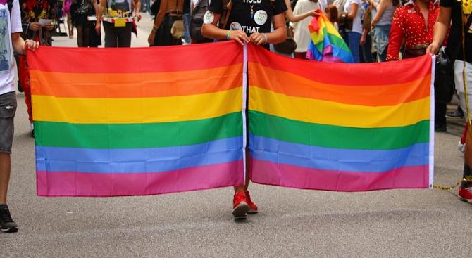 Гей парад в Полша бе атакуван от ултранационалисти
