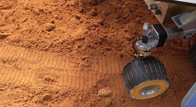 50 години след стъпването на Луната: Новата цел на учените е Марс
