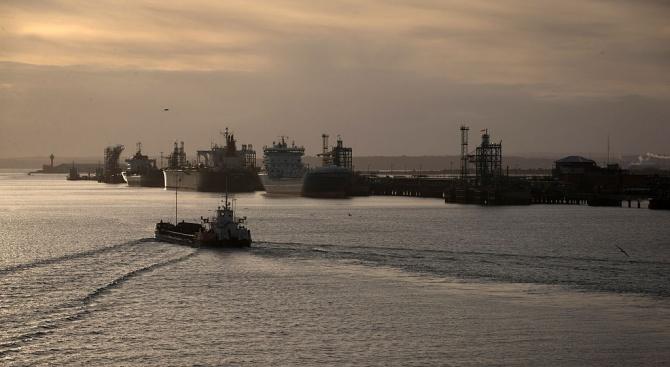 Великобритания обмисля различни варианти на действие, включително и санкции, спрямо
