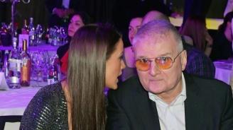 Христо Сираков заряза поредната плеймейтка
