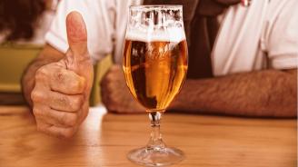 Българи създадоха бира със светена вода