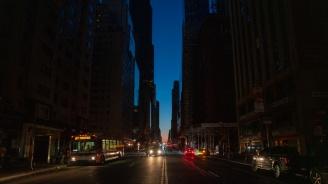 Повреден кабел и отказалореле довели до спиранетона тока в Ню Йорк в събота