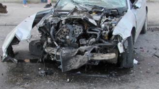 Шофьор без книжка участва в катастрофа в Сухиндол и избяга