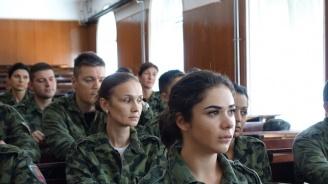 """Младежи и девойки от цялата страна ще получат начална военна подготовка във ВВМУ """"Н. Й. Вапцаров"""" - Варна"""