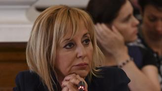 Манолова: Хакерската атака е арогантен акт срещу правата на гражданите