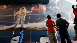 """50 години от старта на мисията """"Аполо 11"""""""
