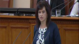 Дариткова: Внушават се фалшиви надежди, че машинното гласуване ограничава купения вот