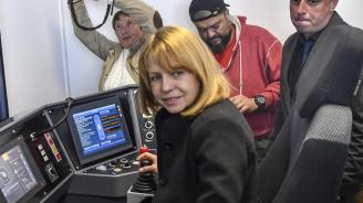 Фандъкова: В момента Столична община изготвя концепция за довеждащ транспорт до новите линии на метрото