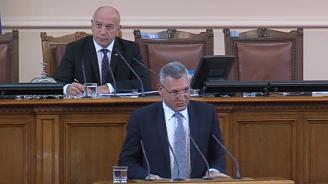 Валери Жаблянов: Проблемите на българската демокрация се решават от политици, а не от машини