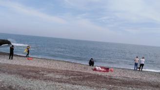 Китайски туристи унищожават уникален плаж