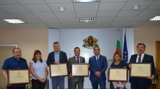 Емил Караниколов връчи пет сертификата за инвестиции за над 42 млн. лева