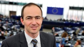 """Андрей Ковачев за завода на """"Фолксваген"""": Конкуренцията с Турция е трудна, но това не означава, че ние не трябва да си вършим работата"""