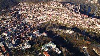 Испанският вестник El Pais с обширна статия за красотата на Велико Търново