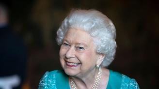 Кралица Елизабет II си търси готвач