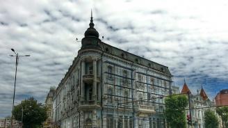Спасяват 65 сгради паметници на културата по парижки модел