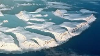 Изкуствен сняг може да спаси изтънялата ледена покривка на Западна Антарктида