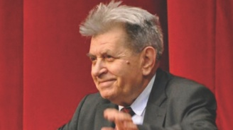 Почина проф. д на ик.н. Иван Душанов