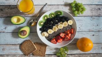 Лекарка препоръча 5 храни за контролиране на холестерол, кръвно и проблеми със сърцето