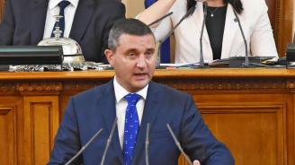 Горанов отговори на Нинова за хакерската атака в НАП