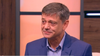 Ген. Попов: Имаше изискване от американска страна парите за F-16 да се платят накуп